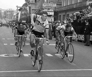 Giro 1971 Benevento ,Battuti Sercù e Basso in volata