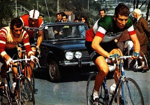 Milano-Sanremo 1969 Gimondi seguito da Fezzardi e Gualazzini
